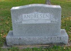 Mary M Andresen