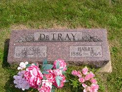 Jessie DeTray