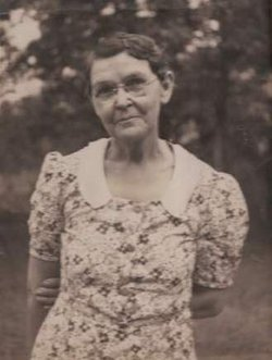 Carrie Nina Aunt Taddie <i>Williamson</i> Arnold