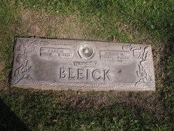 Carl M Bleick