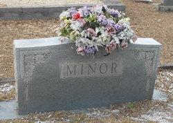Willie L Minor