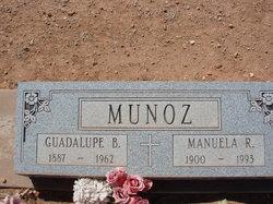 Manuela R Munoz