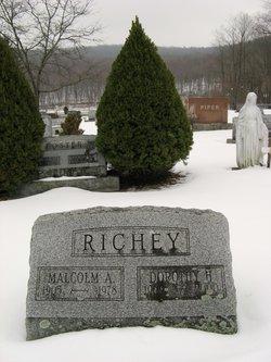 Dorothy H <i>Hanes</i> Richey