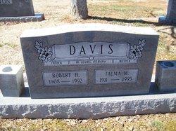 Robert H Davis