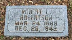 Robert L Robertson
