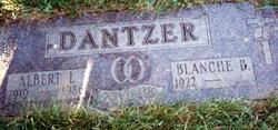 Blanche Beatrice <i>Houda</i> Dantzer