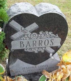 Jesuina <i>Lopes</i> Barros