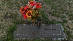 Betty Ann <i>Thomas</i> Pyle