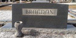 Lounge Calhoun Brogdon