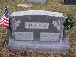 Bernice W. <i>Casebolt</i> Bettis