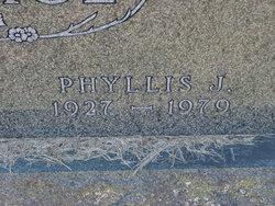 Phyllis <i>Amber</i> Gage