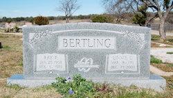 Linnie Catherine <i>Herring</i> Bertling