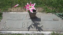 Eugene Swearingin Bellis