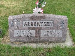 Mae E <i>Nelson</i> Albertsen