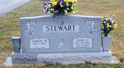 Dora Evelyn <i>Hatfield</i> Stewart