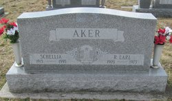 Roscoe Earl Aker