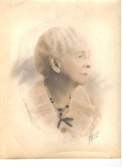Elizabeth Henshaw Daisy <i>Torrey</i> Pillans