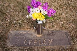 Donna M Eppley