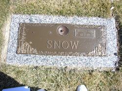 Jeanette Ann Jan <i>Woodmansee</i> Snow