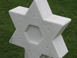 Capt Irvin Bloom