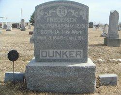 Sophia Dunker