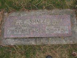 Pheobe E Shalz