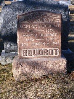 Martina E Boudrot