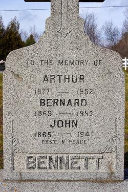Bernard Bennett