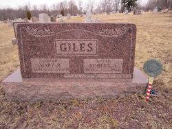 Mary R <i>Kline</i> Giles
