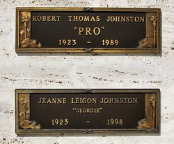 Robert Thomas Pro Johnston