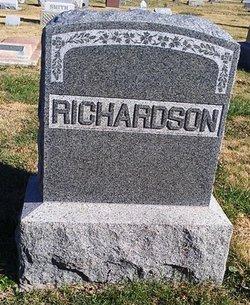 Kate <i>Singhurst</i> Richardson