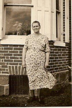 Elsie M <i>Lear</i> Deitch
