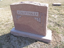 Adam Schlotthauer