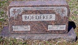 L Elizabeth <i>Foerler</i> Boedeker