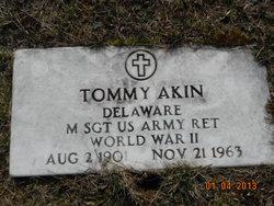 Tommy Akin