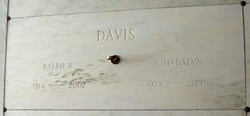 Madalyn <i>Bromeyer</i> Davis