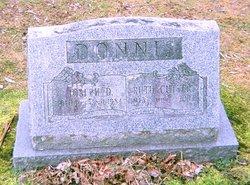 Ruth D <i>Cutter</i> Donnis