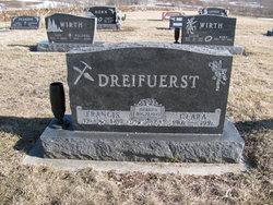 Clara Maria <i>Karls</i> Dreifuerst