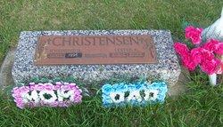 Lester R Christensen