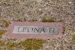 Leona <i>Harnden</i> Carlson