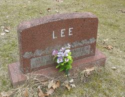 Lemuel M Lee