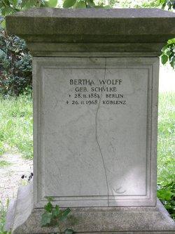 Bertha <i>Sch�lke</i> Wolff