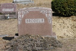 Jules L Brodeur