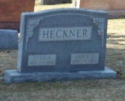 Annie D Heckner
