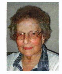 Dorothy Elizabeth <i>Pueggel</i> Hollatz