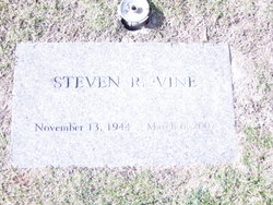 Steven Reynolds White Cat Vine