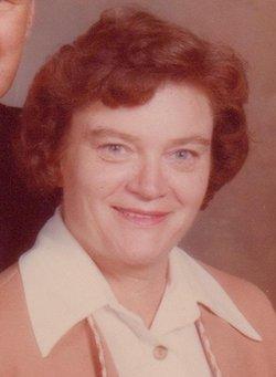 Joan E <i>Tilford</i> Stapleton