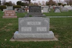 Maxine E Lincoln