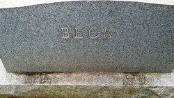 Anna R Beck