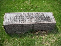 Robert J Johnston